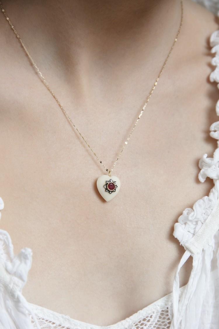 Necklace Rosie